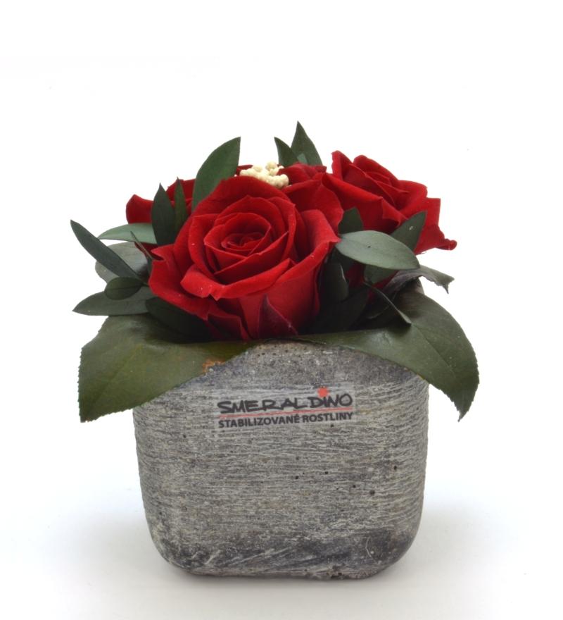 Ina DARK (Aranže tří hlav růží v keramickém obalu)